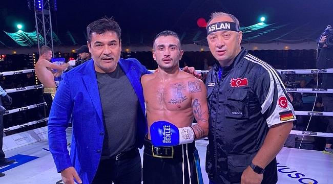 Ukraynalı boksöre Türk yumruğu