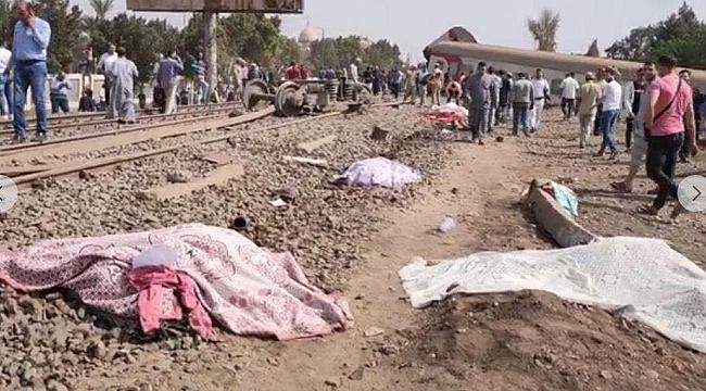 Mısır'da tren raydan çıktı 8 kişi öldü, 97 kişi yaralandı