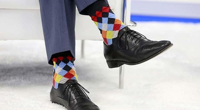 Trudeau'nun çorapları NATO zirvesine damga vurdu