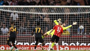 Galatasaray'a ağır darbe; PSV: 5 - GS: 1