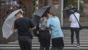 In-Fa Tayfunu Çin'i fena vurdu