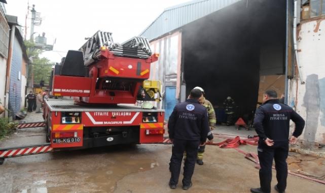 Bursa'da tekstil atölyesinde çıkan yangın söndürüldü