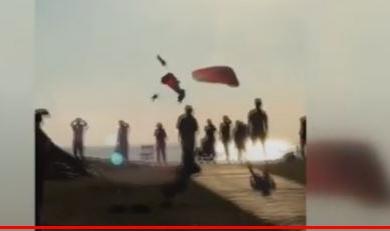 Fethiye'de paraşütler havada çarpıştı 3 kişi yaralandı
