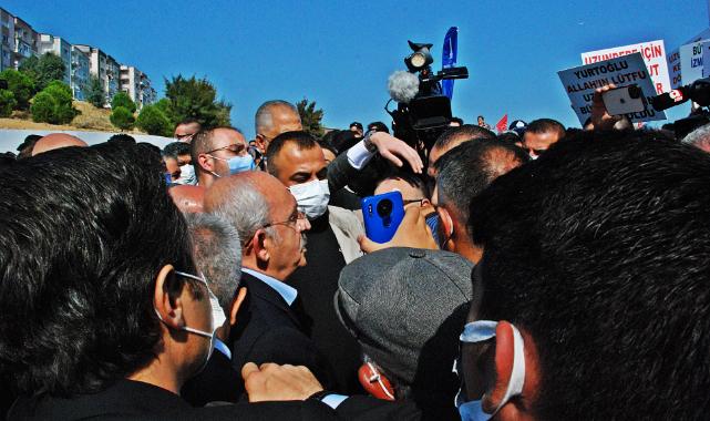 Kılıçdaroğlu'nun ziyaretinde vatandaşlardan kentsel dönüşüm eylemi